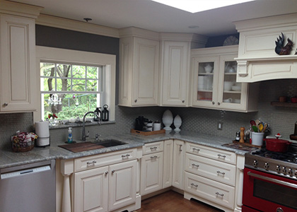 Traditional White Kitchen Design - Pearl River, NY
